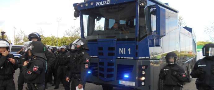 Vorgehen der Einsatzkräfte beim Hinspiel der Relegation in Wolfsburg – Stellungnahme