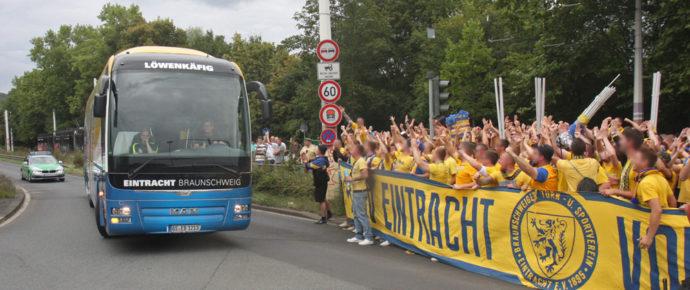 1. Runde DFB-Pokal Eintracht Braunschweig – Würzburger Kickers